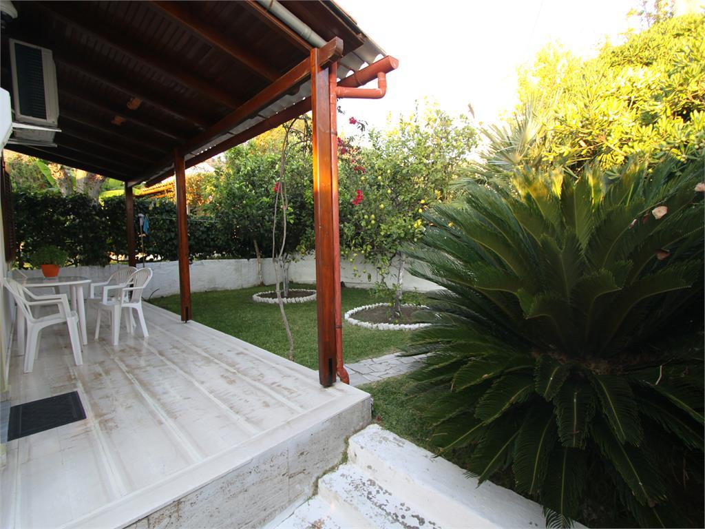 Corfu island - Luxury Villas - Apartments - Hotels